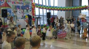 украсить детский праздник воздушными шарами